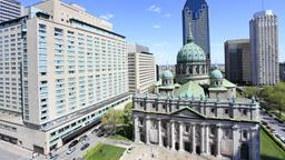 Montreal hotels near Place du Canada