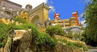 Sintra and Cascais Small-Group Day Trip from Lisbon