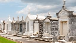 New Orleans hotels near Saint Louis Cemetery No. 2