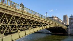 Paris hotels near Pont d'Arcole