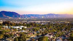 Find cheap flights from Auckland to Burbank