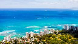 Honolulu hotels near Kuhio Beach Park