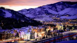 Vail hotels near Cogswell Gallery