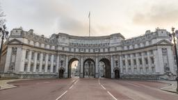 London hotels near Admiralty Arch