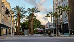 Miami Beach hotels near Lincoln Road Mall