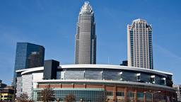 Charlotte hotels near Spectrum Center