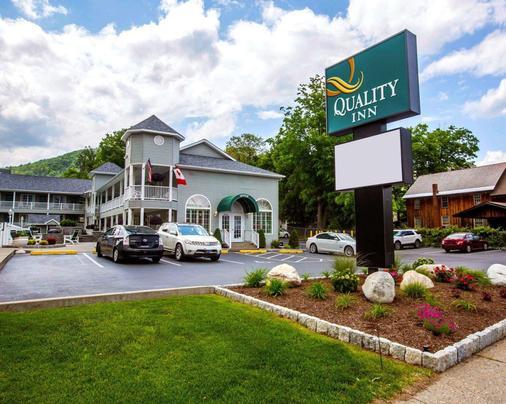 Quality Inn Lake George - Lake George - Patio