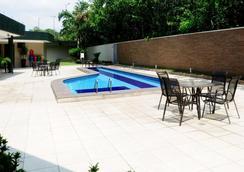 Comfort Hotel Manaus - Manaus - Pool