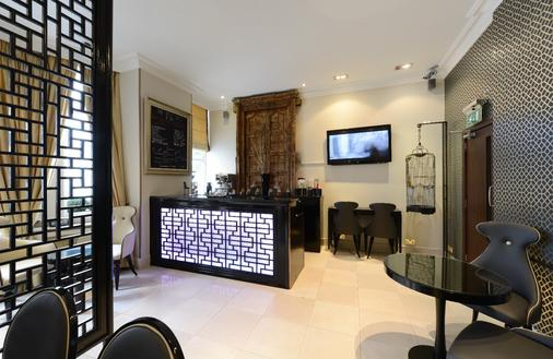 Mayflower Hotel & Apartments - London - Living room