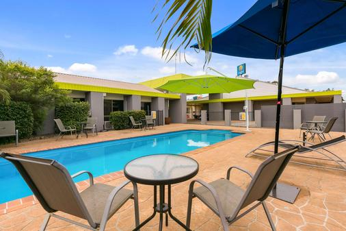 Comfort Inn on Main Hervey Bay - Hervey Bay - Pool