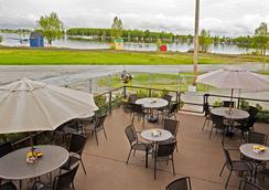 Coast International Inn - Anchorage - Restaurant