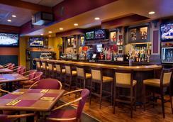 Coast International Inn - Anchorage - Bar