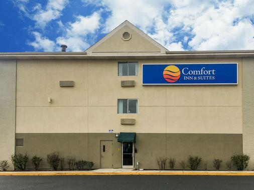 Comfort Inn & Suites Crystal Inn Sportsplex - Gulfport - Building