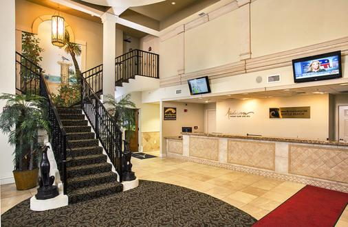 Anderson Ocean Club And Spa By Oceana Resorts - Myrtle Beach - Front desk