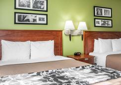 Sleep Inn & Suites - Minot - Bedroom