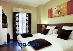 Thc Tirso Molina Hostel - Madrid - Bedroom
