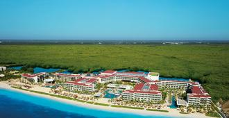 Breathless Riviera Cancun Resort & Spa (Adults Only) - Puerto Morelos - Building