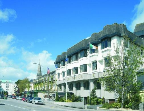 Killarney Towers Hotel & Leisure Centre - Killarney - Building