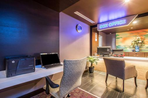 Tilt Hotel Universal/Hollywood, an Ascend Hotel Collection Member - Los Angeles - Business centre