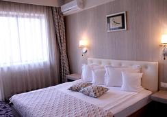 Best Western Silva Hotel - Sibiu - Bedroom