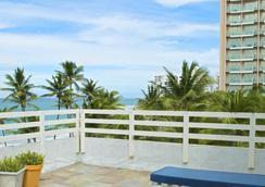 Sandy Beach Hotel - San Juan - Bedroom
