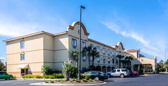 Comfort Suites - Panama City Beach - Building