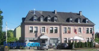 Hotel Am Ufer - Trier