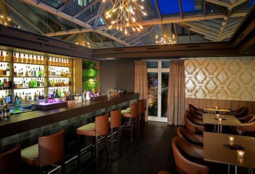 Best Western Premier Hotel Victoria - Freiburg im Breisgau - Bar