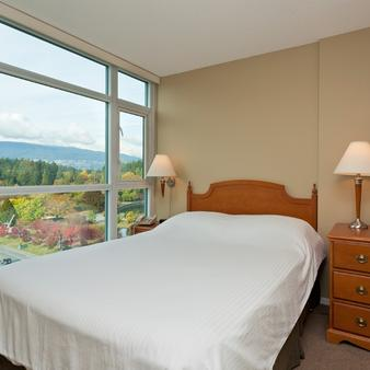 Lord Stanley Suites On The Park - Vancouver - Bedroom