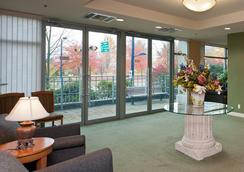 Lord Stanley Suites On The Park - Vancouver - Lounge