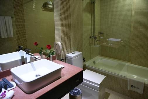 Juffair Gate Hotel - Manama - Bathroom