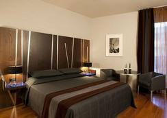 Hotel Valadier - Rome - Bedroom