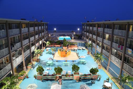 Flagship Oceanfront Hotel - Ocean City - Building