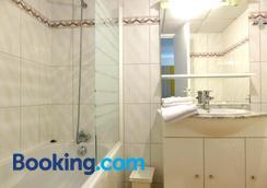 Apart'hotel Ajoupa - Nice - Bathroom