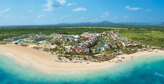 Breathless Punta Cana Resort & Spa - Adults Only - Punta Cana - Building
