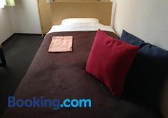 Nagano Plaza Hotel - Nagano - Bedroom