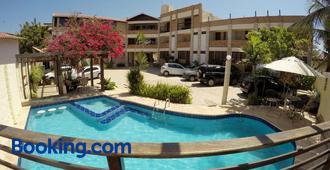 Falésia Praia Hotel - Canoa Quebrada - Building