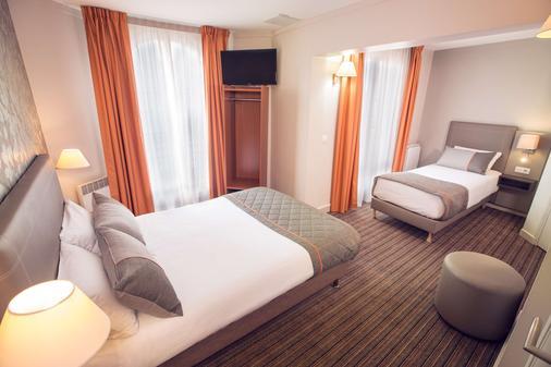 Timhotel Tour Eiffel - Paris - Bedroom