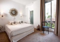 Hotel Colette - Cannes - Bedroom