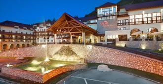 Ana Hotels Sport Poiana Brasov - Brasov - Building