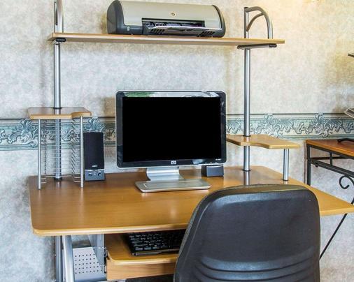 Econo Lodge - Dothan - Business centre