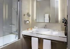 Splendid Etoile Hotel - Paris - Bathroom