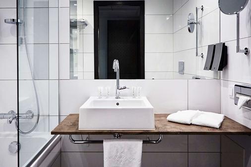 Quality Hotel View - Malmö - Bathroom