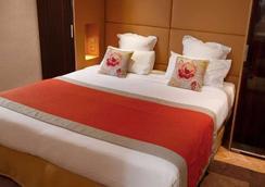 Hôtel Tourisme Avenue - Paris - Bedroom