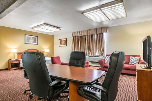 Quality Inn South - Colorado Springs - Meeting room