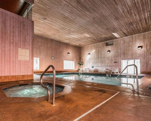 Quality Suites - Moab - Pool