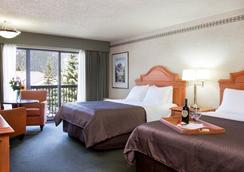 Banff Park Lodge - Banff - Bedroom