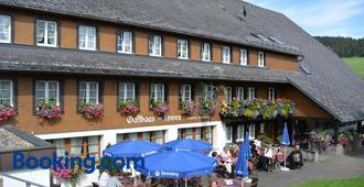 Hotel Zum Löwen - Unteres Wirtshaus - Titisee-Neustadt - Building