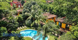 Villas Macondo - Tamarindo - Building