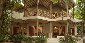 Mahekal Beach Resort - Playa del Carmen - Building